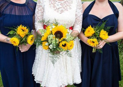 sunflower and bridesmaids bouquets